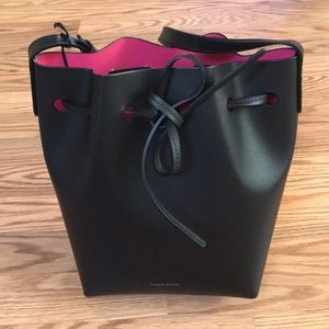 NWT Mansur Gavriel Black/Dolly Mini Bucket Bag